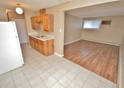 Moose Jaw Real Estate - Avens Manor Apartments – 31 Avens Road