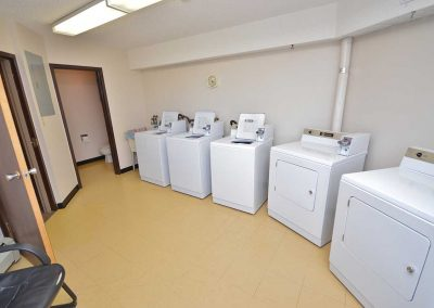 Willowdale Court Apartments - Moose Jaw - Laundry